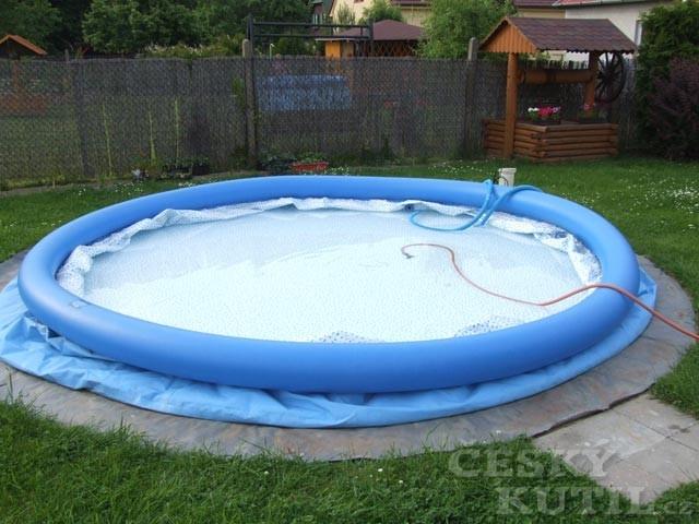 Samonosné foliové bazény