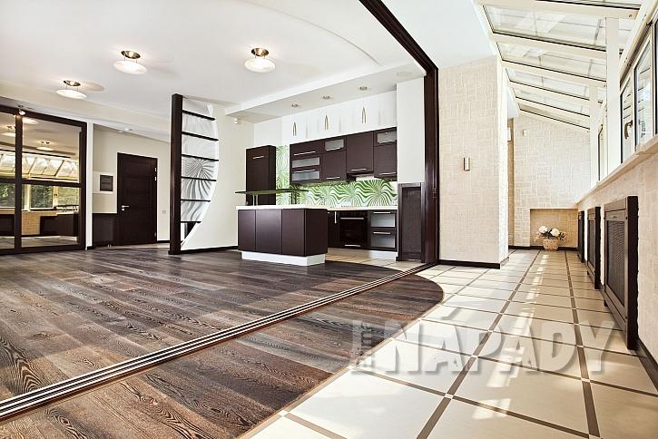 Každá místnost jiné nároky na podlahovou krytinu (Zdroj: Depositphotos.com)