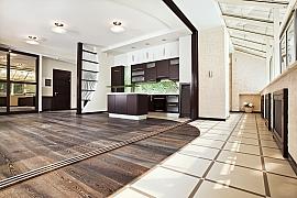 Podlahovou krytinu volte podle místnosti