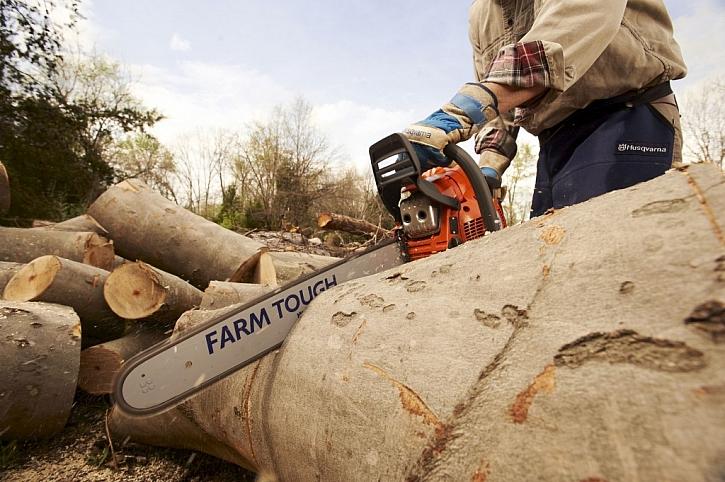 Farmářské pily – šikovný nástroj pro údržbu velkých pozemků