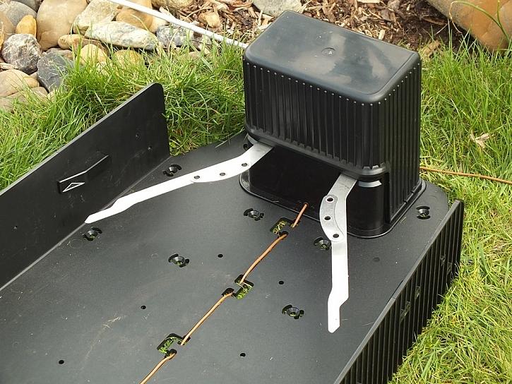Robotická sekačka od Mountfieldu - aneb samostatný zahradník
