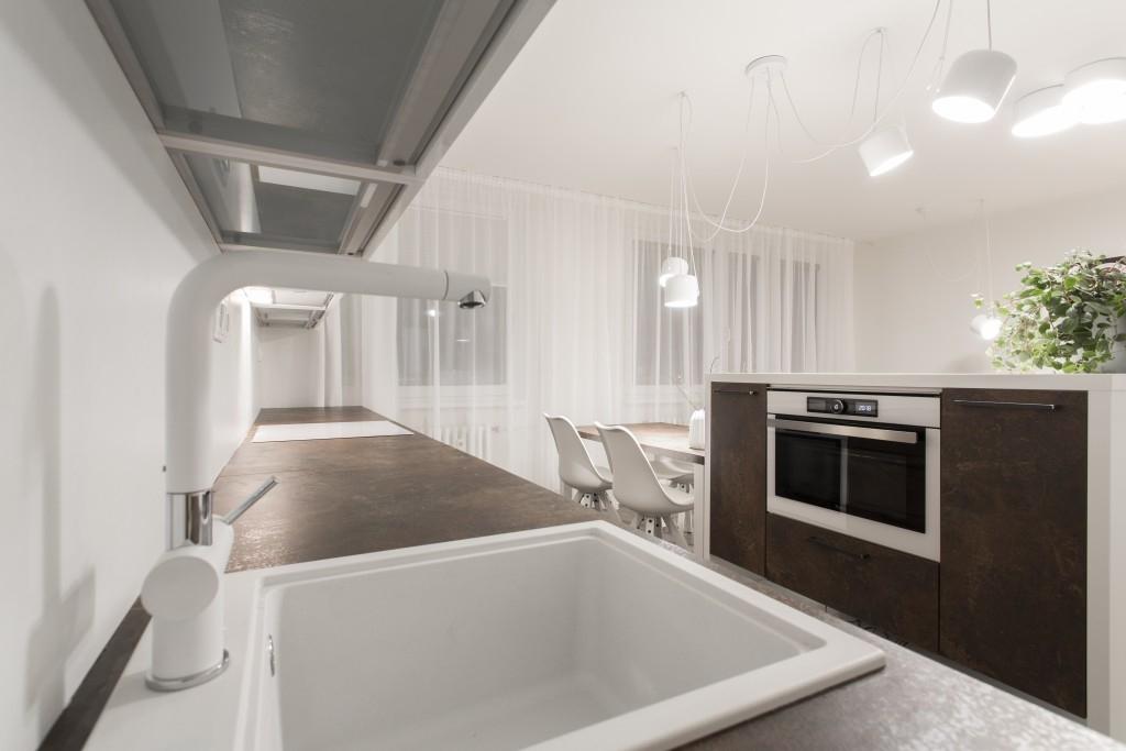 Nová kuchyň pro invalidní důchodkyni