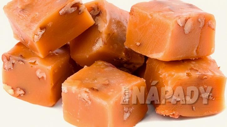 3 recepty na domácí karamelky: oříškové