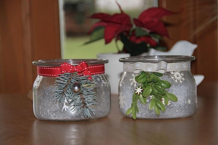 Originální vánoční svícny ze starých zavařovaček