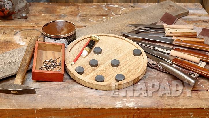 Co na výrobu magnetického držáku na nože potřebujeme