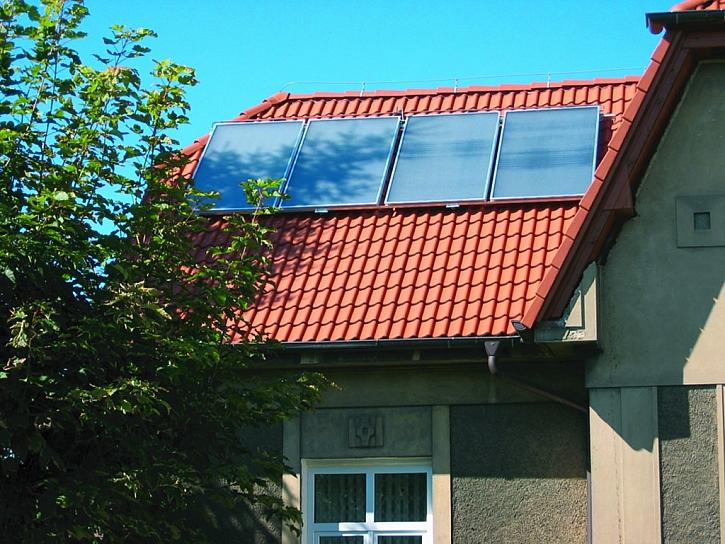 Co jsou to fototermické sluneční kolektory