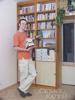 Knihovna a úložný prostor v malém pokoji – 2. díl