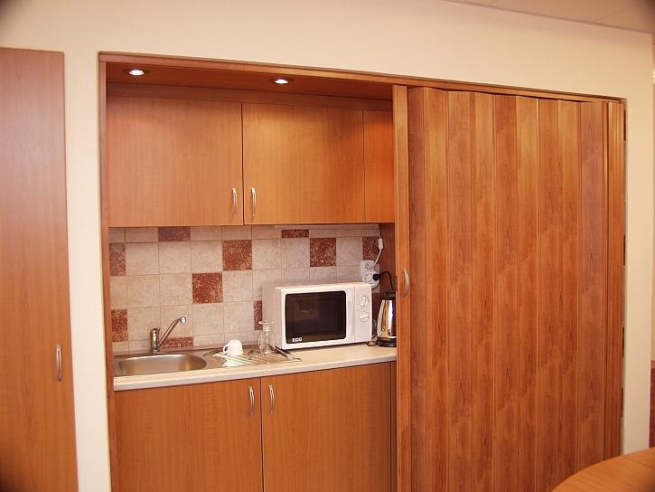 Posuvné dveře pomohou řešit problém s malými prostory