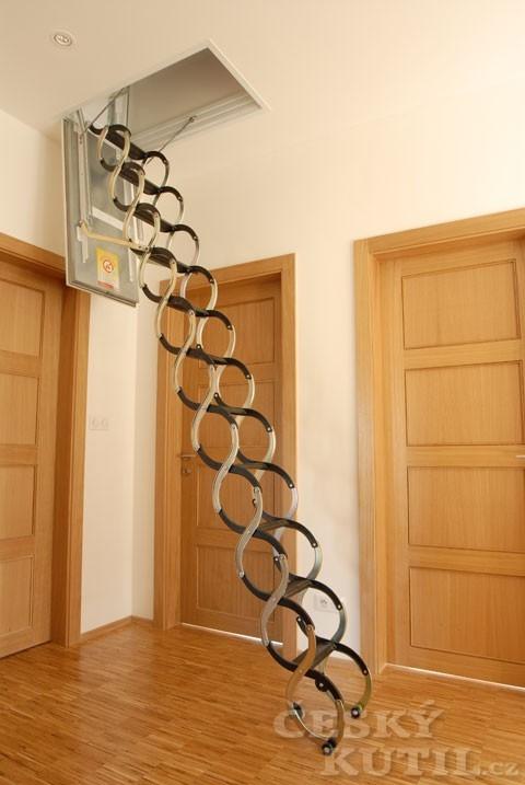 Namontujte si stahovací schody sami