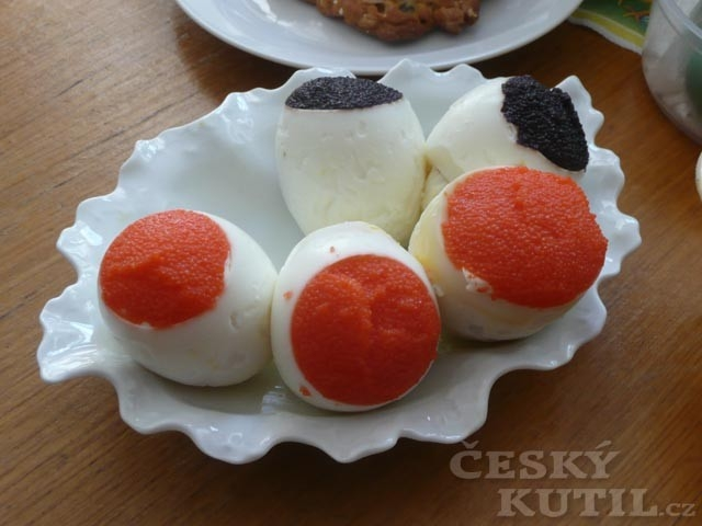 Rozesmátá vejce – nápady co dělat s vajíčky natvrdo