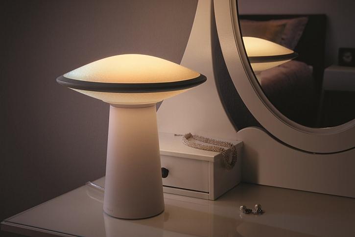 Pomocí senzoru bez doteku rozsvítíte lampičku