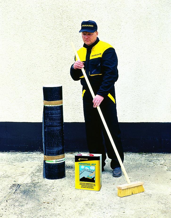 Před hydroizolací je potřeba povrch důkladně očistit