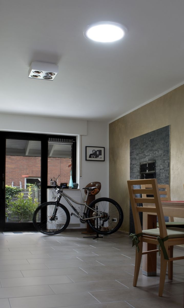 obytná místnost se světlovodem