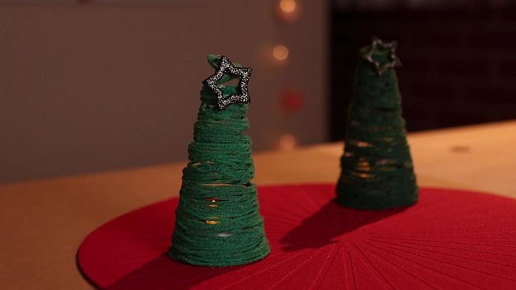 Veselé stromečky z vlněné příze pro maminku (Zdroj: PRIMA DOMA)