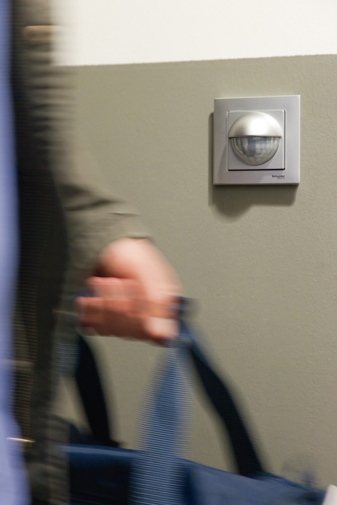 Automatické spínání LED žárovek