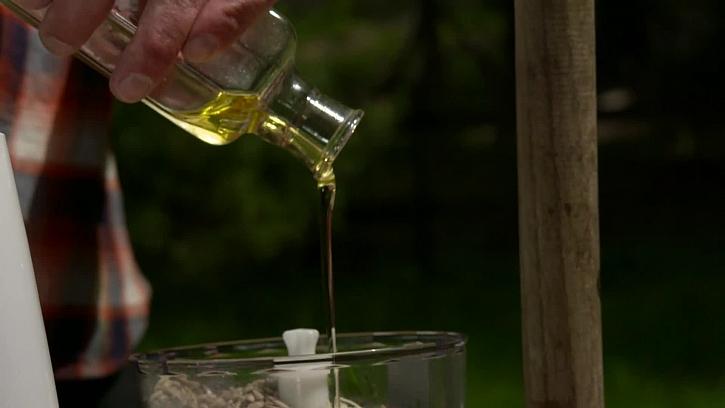 Přilejte olivový olej