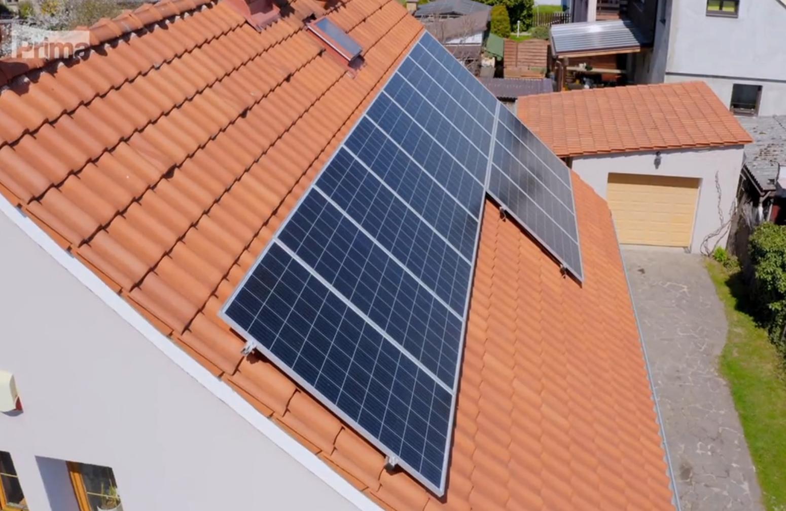 Jak získat od slunce co nejvíce aneb Správné umístění fotovoltaiky na střeše domu