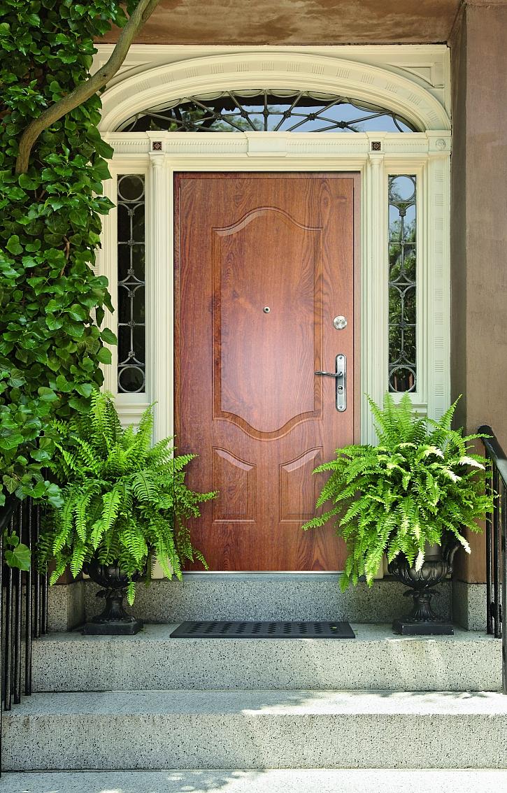 Vchodové dveře dřevěné1