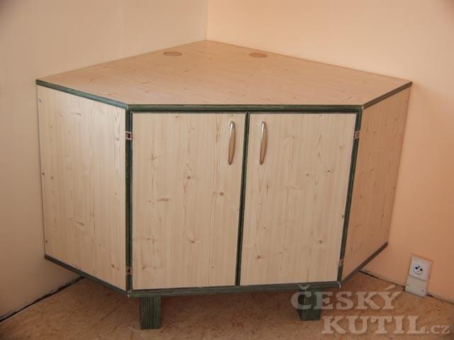 Počítač ve skříni – výroba - 2. díl