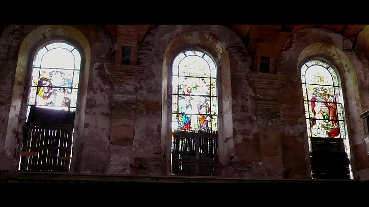Restaurování vitráží v kostele Sv. Jiří, časosběrné video