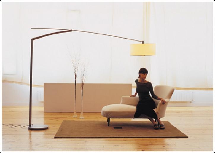 BALANCE Stojací pokojová lampa