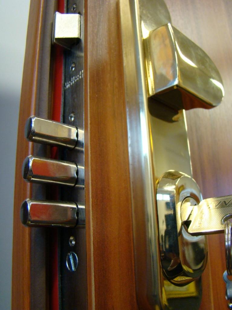 SHERLOCK bezpečnostní dveře, s.r.o. vás zve na veletrh FOR ARCH