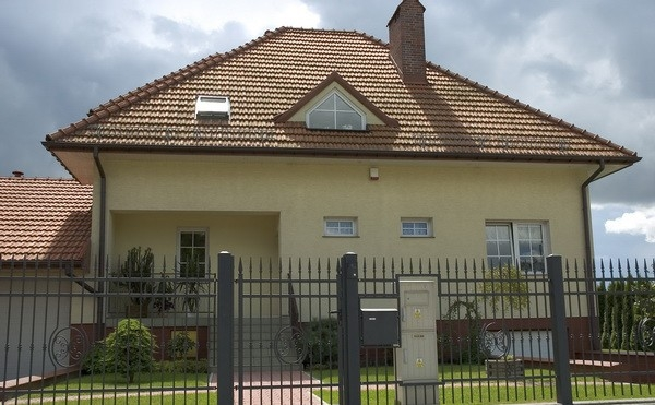 Oplocení vašeho domu a garážová vrata nemusí být drahá