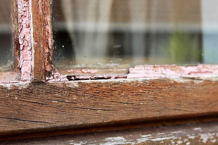Takto okna dopadnou, pokud jejich údržbu podceníme a renovaci neprovedeme