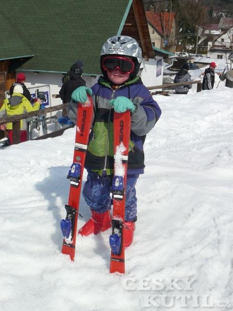 Sjezdovky a snowboardy