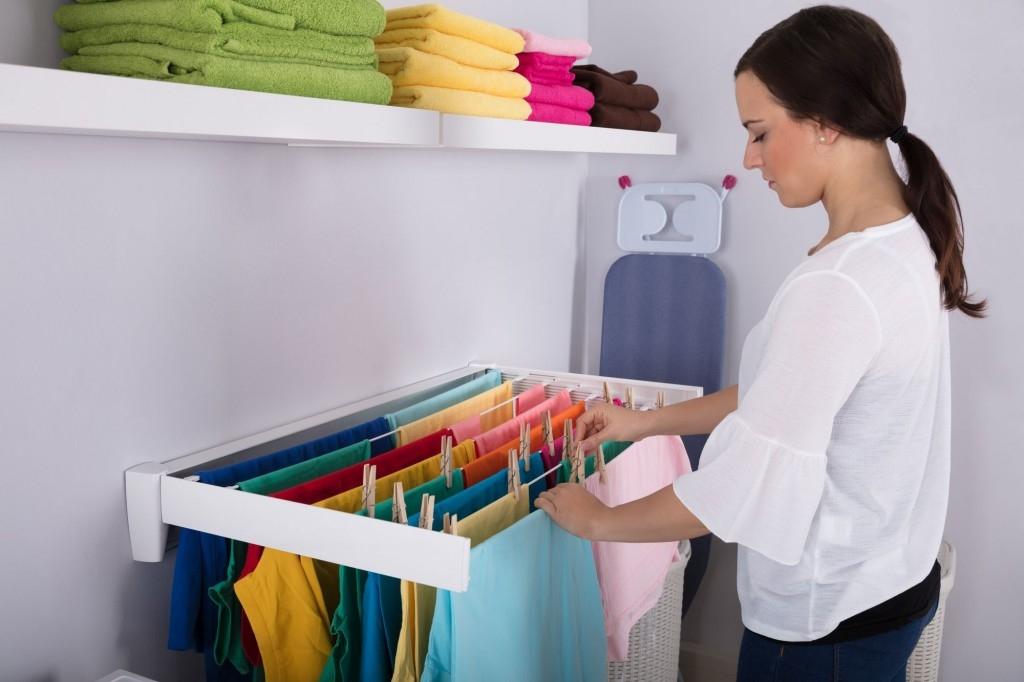 Sušení prádla v bytě a domě: rozličné prostory s různými možnostmi