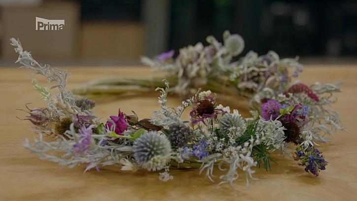 Vyzkoušejte si výrobu věnce z podzimního kvítí (Zdroj: Věnec z podzimního kvítí)