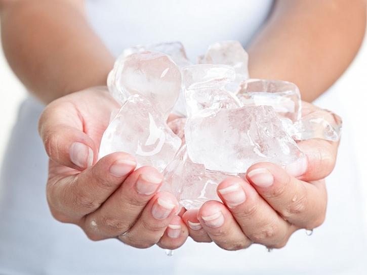 Koberec osvěžíte ledem