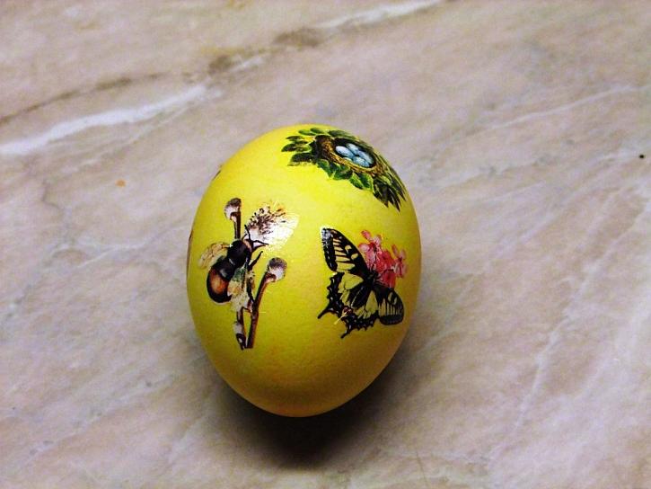 obtisky na vajíčka