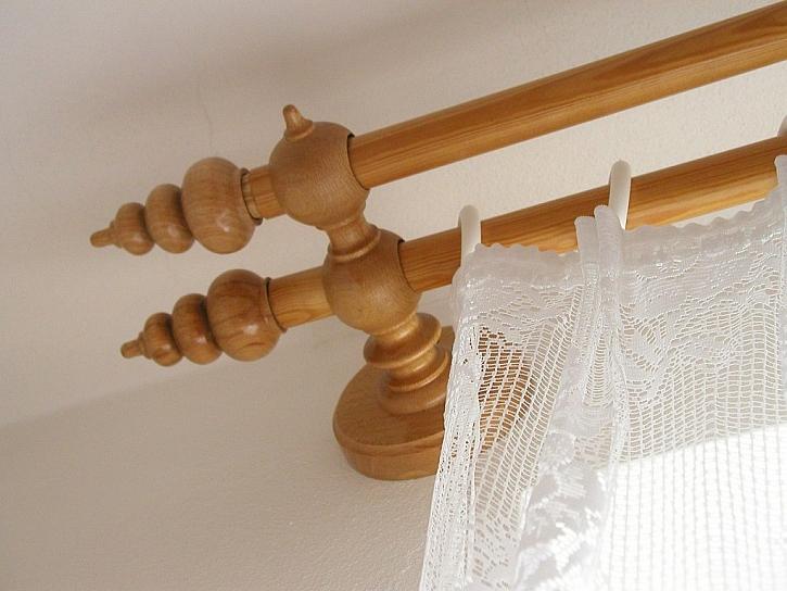 Koncovky záclonových tyčí