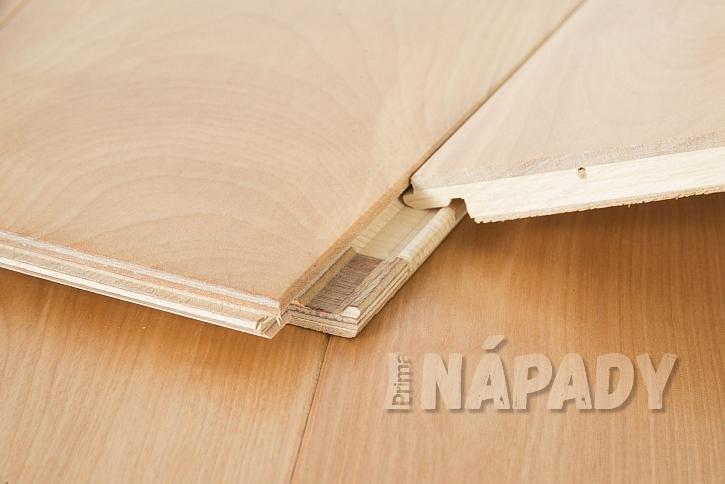 Detail dřevěné laminátové desky