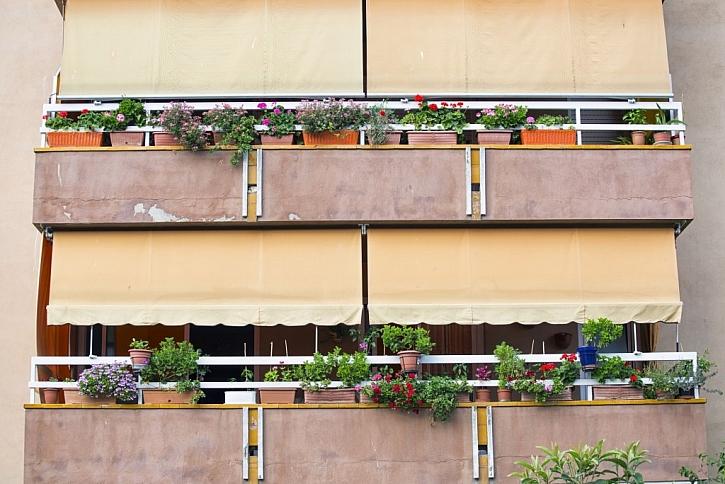 Balkonové rolety slunce nepropustí