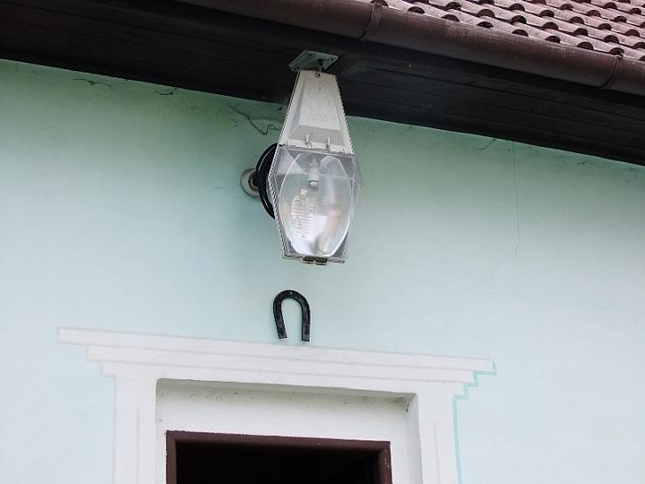 Antikutil - venkovní světlo