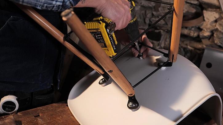 Rozebrání židle