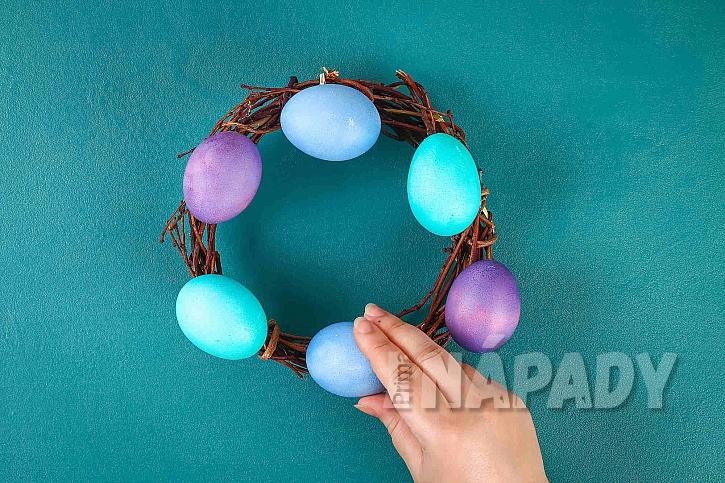 Nalepená vajíčka