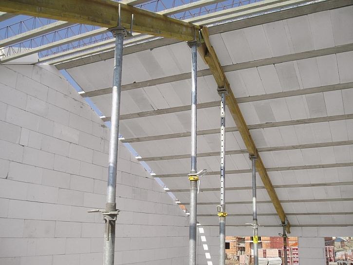 Masivní střecha – řešení ze systému Ytong