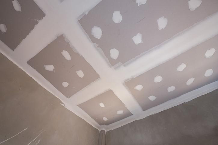 Sádrokartonovými deskami lze obložit celé místnosti.