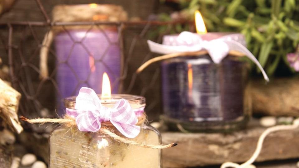 Levandulové svíčky ve skleničkách aneb Prosvětlete aprovoňte si podzimní dny