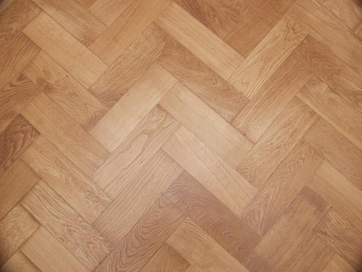 Pokládka parket a dřevěných podlah