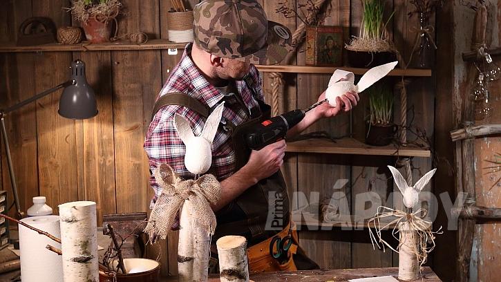 DIY dřevěný zajíc: hlavu zespodu provrtáme