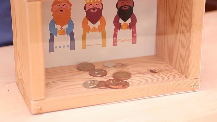 Jak vyrobit dřevěnou kasičku