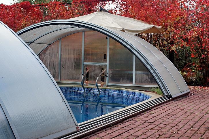 Oblouková střecha