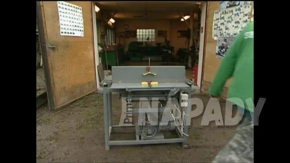 Domácí dřevoobráběcí stroj