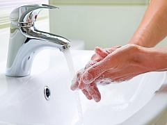 Umíte si správně umýt ruce?