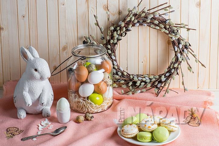 Velikonočním symbolem jsou kočičky, vajíčka i zajíček (Zdroj: Depositphotos.com)