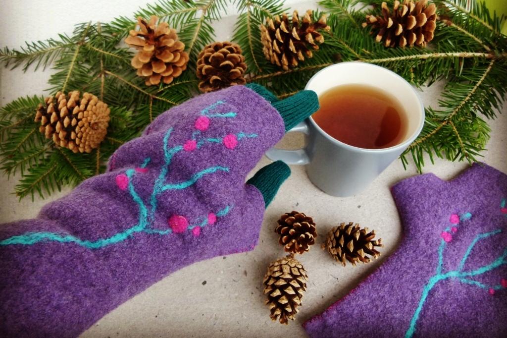 Vánoční dárek pro kamarádku: Návleky na rukavice ze starého svetru